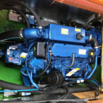 Solé Diesel Mini-44 på plats i båten LM 27