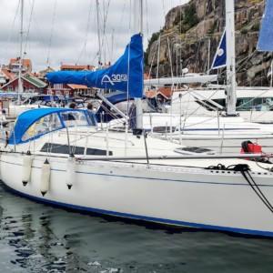Segelbåten Aphrodite 30